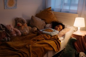 child wake up toilet - therapee blog - bedwetting treatment